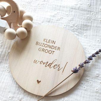 houten geboorte aankondiging klein bijzonder groot wonder!